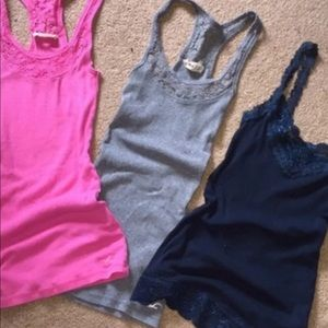 Hollister tank top BUNDLE !
